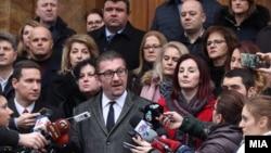 Архивска фотографија: Претседателот на ВМРО-ДПМНЕ, Христијан Мицкоски и пратениците од ВМРО-ДПМНЕ на прес-конференција пред Собранието.