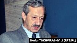 Депутат парламента Грузии, специалист по конституционному праву Вахтанг Хмаладзе