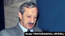 Вахтанг Хмаладзе