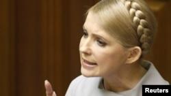Тимошенко заявила, что спасла страну от глобального экономического кризиса и сообщила, что после отставки уйдет в оппозицию