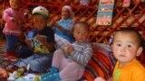 """Нарын районундагы Жерге-Тал айылы жайлаган Эки-Оттук кичи жайлоосунда """"Тенир-тоо"""" бала бакчасы иштей баштады."""