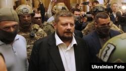 Ігор Мосійчук під час затримання у будівлі парламенту, 17 вересня 2015 року