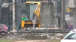Beograd: Sa Slavije uklonjen spomenik Dimitriju Tucoviću