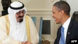 АҚШ президенті Барак Обама (оң жақта) мен Сауд Арабиясының королі Абдолла. Вашингтон, 29 маусым 2010 жыл.