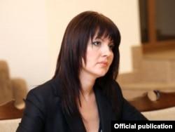 Nina Ştanski
