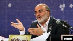 ناصر سراج، رئیس سامزان بازرسی کل ایران می گوید گزارشش درباره احمد دوست حسنی محرمانه است