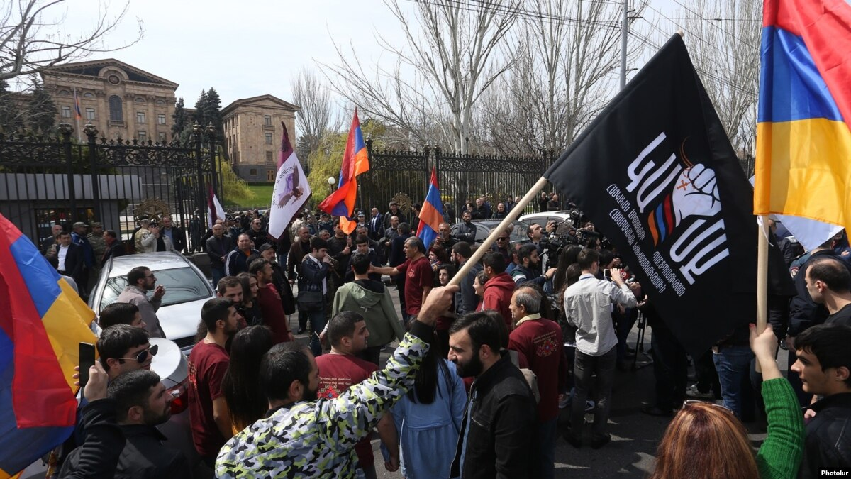 Armenian Parliament Refuses To Hear Bill Banning Same-Sex Marriage