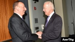 İlham Əliyev və ABŞ-ın vitse-prezidenti Joe Biden.