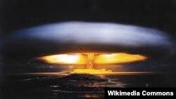 Випробування ядерної зброї на острові Бікіні, 1954 рік (архівне фото)