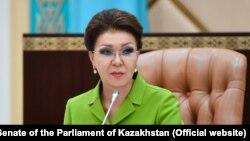 Дарига Назарбаева в бытность председателем сената парламента Казахстана. Фото с сайта сената.