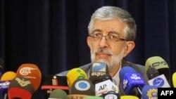 Иран парламентінің бұрынғы спикері, президент сайлауына түсуден бас тартқан Голам Әли Хаддад Адел. Тегеран, 10 мамыр 2013 жыл.