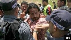 از سال ۲۰۰۱، پانصد مورد از شکايات فلسطيني ها درمورد رفتار شکنجه گونه به دادستانی اسرایيل ارائه شده است.