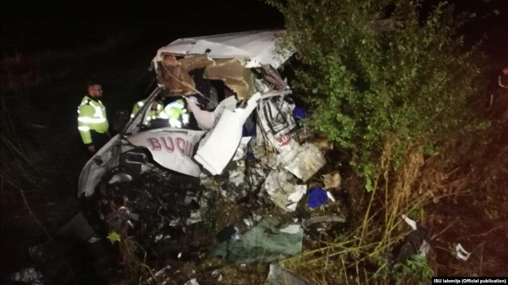 El accidente ocurrió cerca del pueblo de Balaciu en la región de Ialomita, en la carretera que une las ciudades de Slobozia y Urziceni.