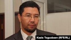 Адвокат Жандос Бұлқайыр. Алматы, 1 қараша 2013 жыл.
