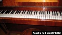 Atası Vaqif Mustafazadənin pianosu