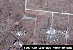 То же место на карте (справа - Луганский музей авиации)
