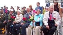 9 травня у Дніпропетровську зустрічають з «георгіївською» та синьо-жовтою атрибутикою