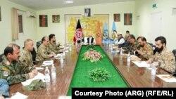 دیدار رییس جمهور غنی با مقامهای نظامی قول اردوی ۲۰۷ ظفر در هرات