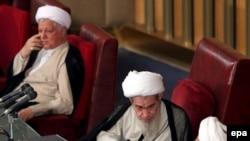 مجلس خبرگان: رفسنحانی، انتخابی برای ایجاد توازن قدرت با بنیادگرایان است
