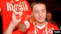 Вдохновленный олимпийскими победами земляков губернатор Томской области решил вложиться в развитие спорта