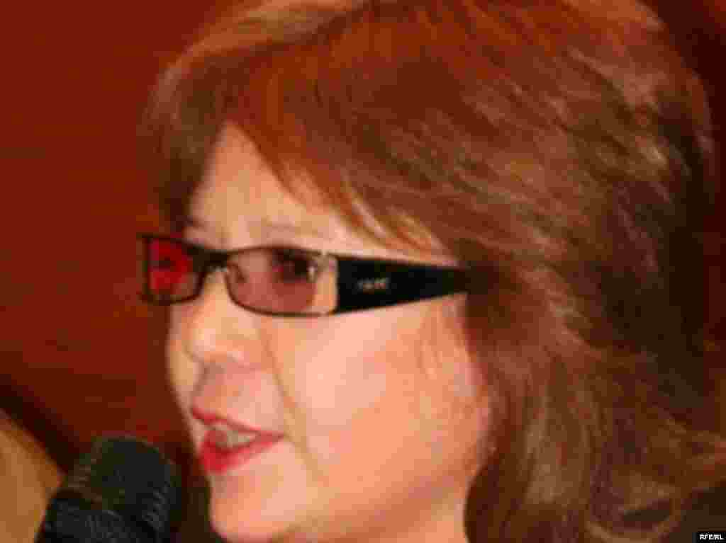 "Kazakhstan – Gulzhan Ergalieva, Editor-in-Chief of Kazakh Opposition Newspaper ""Svoboda slova"". Undated. - Гульжан Ергалиева, главный редактор газеты ""Свобода слова""."