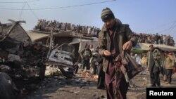 Pamje nga njëshpërthim i mëparshëm në Pakistan