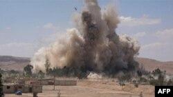 """Боевики экстремистской группировки """"Исламское государство"""" взорвали здание тюрьмы в сирийской Пальмире (30 мая 2015 года)"""