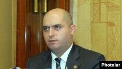 Запред РПА, и. о. министра образования и науки Армен Ашотян (архив)