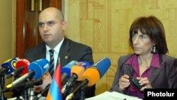 Արմեն Աշոտյան եւ Դաֆինա Գերչեւա