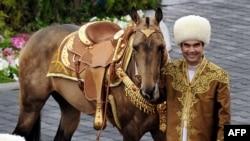 Төрекмәнстан президенты Горбангулы Бердымөхәммәдов