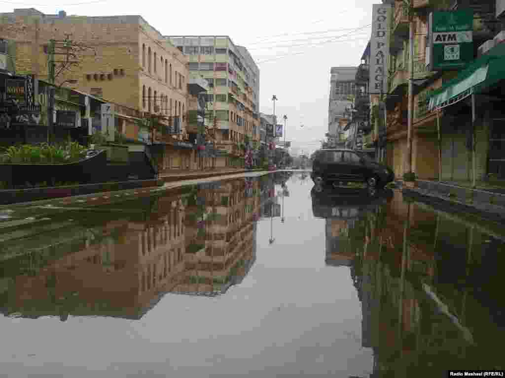 Due to heavy rains, transport in Karachi is badly affected as roads and railway tracks are inundated by rainwater. A state of emergency was declared across the Sindh Province and Karachi.