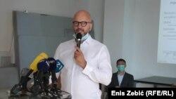 Predsjednik Društva arhitekata Zagreba Tihomil Matković upozorava da većina oštećenih građevina ima više vlasnika