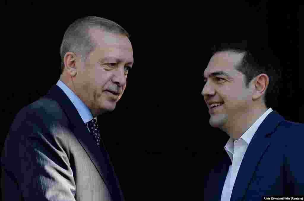 ТУРЦИЈА - Претседателот на Турција, Реџеп Таип Ердоган во Белата палата во Анкара се сретна со грчкиот премиер Алексис Ципрас.
