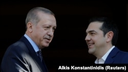 Реджеп Эрдоган (слева) и Алексис Ципрас.