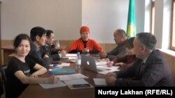 Собрание участников рабочей группы Всемирной ассоциации казахов по сбору заявлений о фактах притеснения этнических казахов в Китае. Алматы, 30 ноября 2018 года.