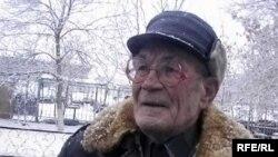 Геннадий Кормич - легенда актюбинского футбола. Актобе, 2 ноября 2009 года.