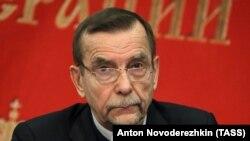 Известный российский правозащитник Лев Пономарёв.