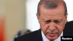R.T. Erdoğan, 8 iyun 2015