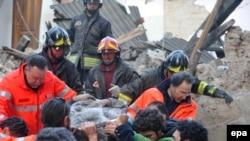 იტალიაში მიწისძვრას 179 ადამიანი ემსხვერპლა
