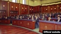 Ligjvënësit kosovarë