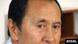 Қаһарман Қожамбердиев, Бүкіләлемдік ұйғыр конгресі төрағасының орынбасары. Алматы, 9 шілде 2009 жыл.
