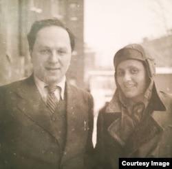Олександр Вайсберг і Єва Штрікер, Харків, 1934 рік