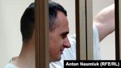 Украинский кинорежиссер Олег Сенцов на суде по его делу. Ростов-на-Дону, 25 августа 2015 года.
