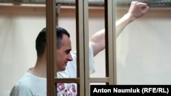 Олег Сенцов на суді в Росії