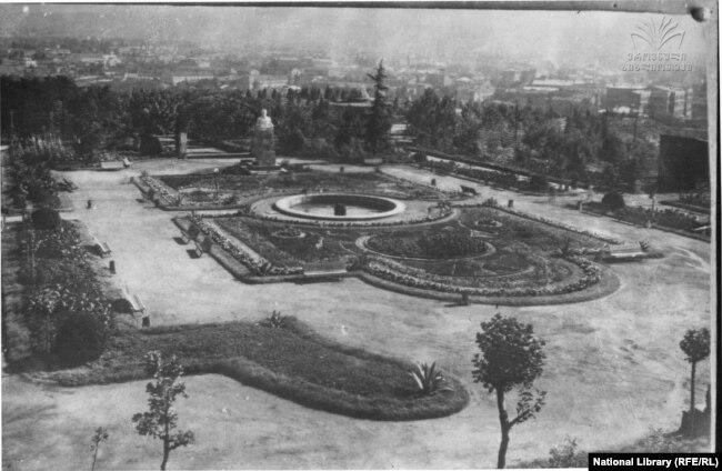 ვერის (ყოფილი კიროვის) პარკი. 1930-იანი წლები