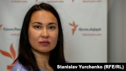Член Меджлиса крымскотатарского народа Гаяна Юксель