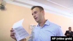 Ռուսաստան - Ալեքսեյ Նավալնին քվեարկում է ընտրություններում, Մոսկվա, 8-ը սեպտեմբերի, 2019թ․