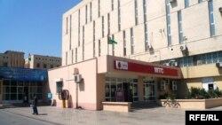 Türkmenistanyň 14 şäherinde MTS-iň 38 ofisi we 500 sany hyzmatdaş dükanlary hereket edýärdi.