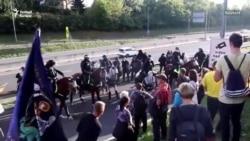 Autópálya-blokád és vízágyú: tüntetés Ljubljanában