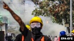 Բողոքի ցույց ռազմական հեղաշրջման դեմ, Մանդալայ, Մյանմա, արխիվ